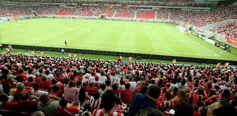 Arena Pernambuco passa no teste do p&uacute;blico