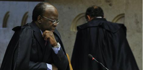 Ministros avaliam que Joaquim Barbosa, inclusive por ter sido procurador da Repblica, tende a concordar com os argumentos da denncia / Foto: Valter Campanato / ABr