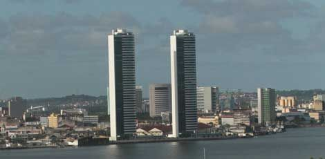 Torres Gêmeas, no Centro do Recife