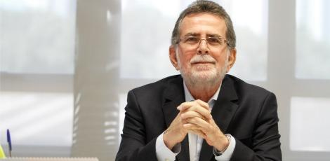 Presidente do Sicredi Recife, Floriano Quintas, defende que as instituições financeiras cooperativistas têm taxas mais atrativas que as do mercado. / Ashlley Melo/JC360