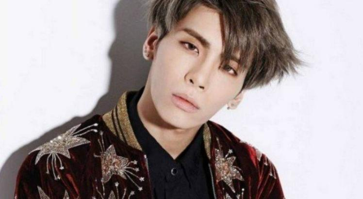 Jonghyun, do grupo SHINee, morre na Coreia do Sul